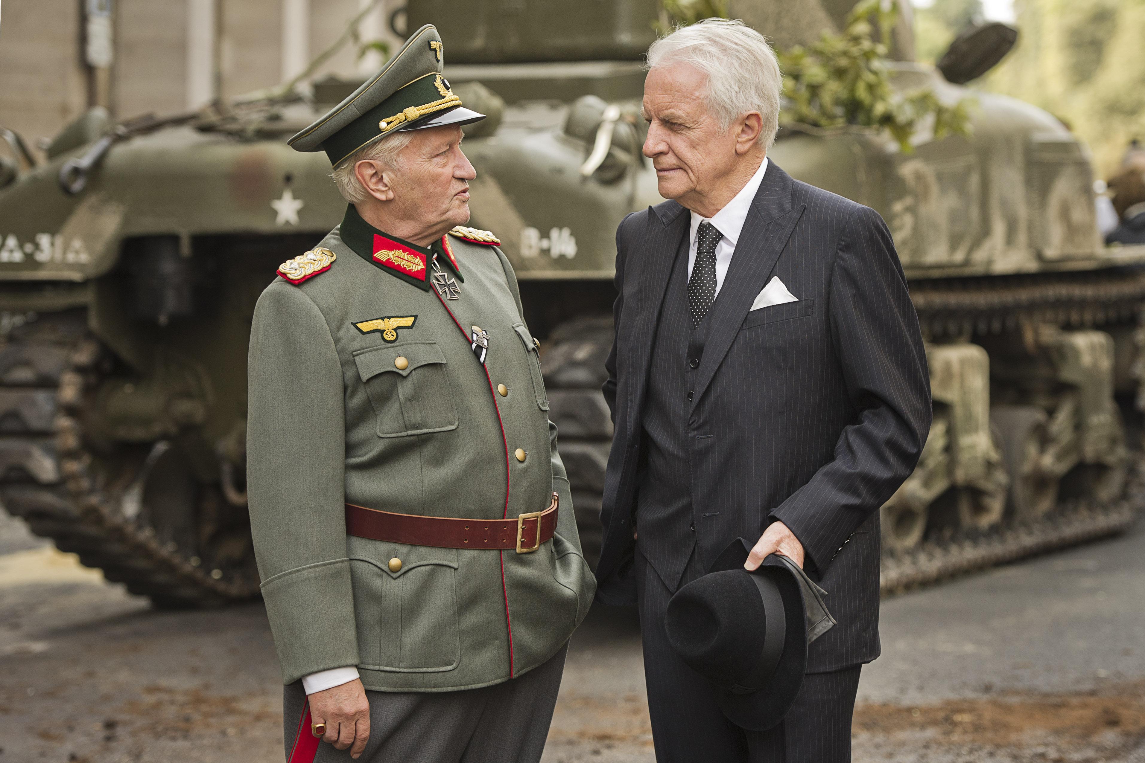 Niels Arestrup et André Dussollier dans Diplomatie de Volker Schlöndorff