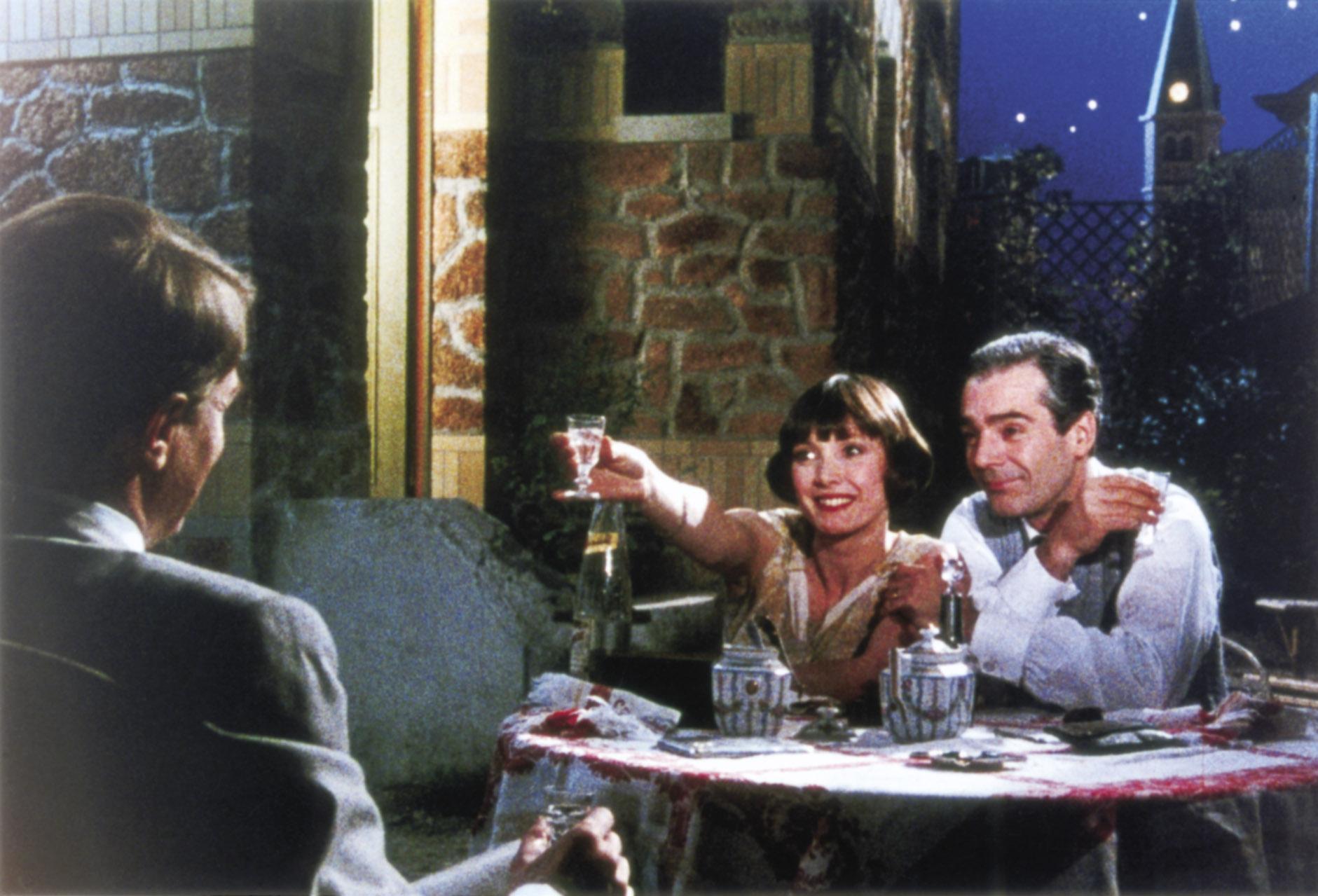 André Dussollier (de dos), Sabine Azéma et Pierre Arditi dans Mélo