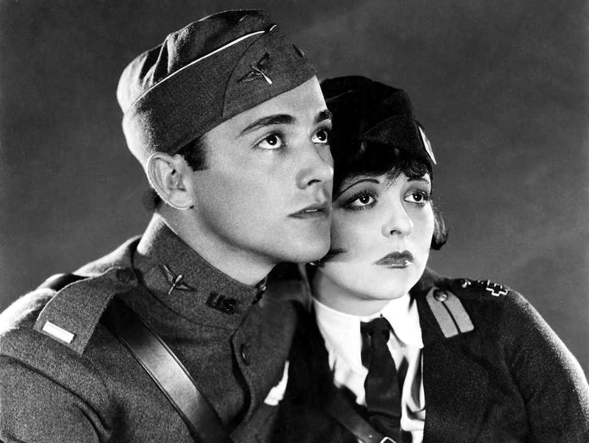 Charles Rogers et Clara Bow dans Les Ailes