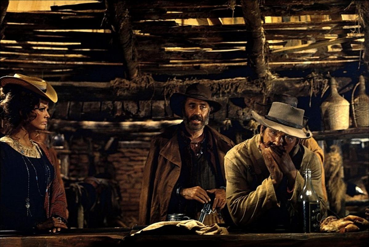 Claudia Cardinale, Jason Robards et Charles Bronson dans Il était une fois dans l'Ouest