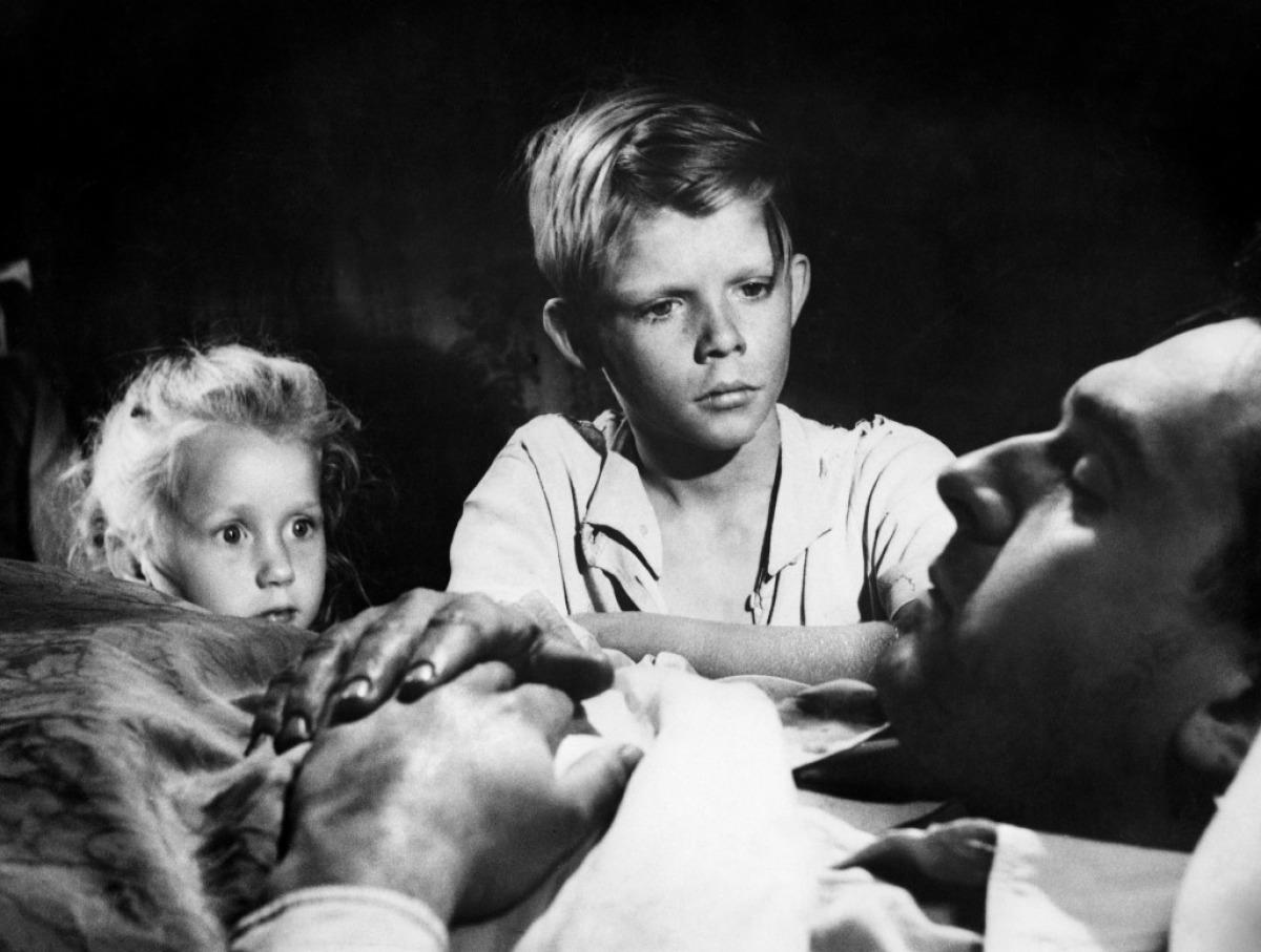 Des enfants confrontés à la mort  : Jeux interdits