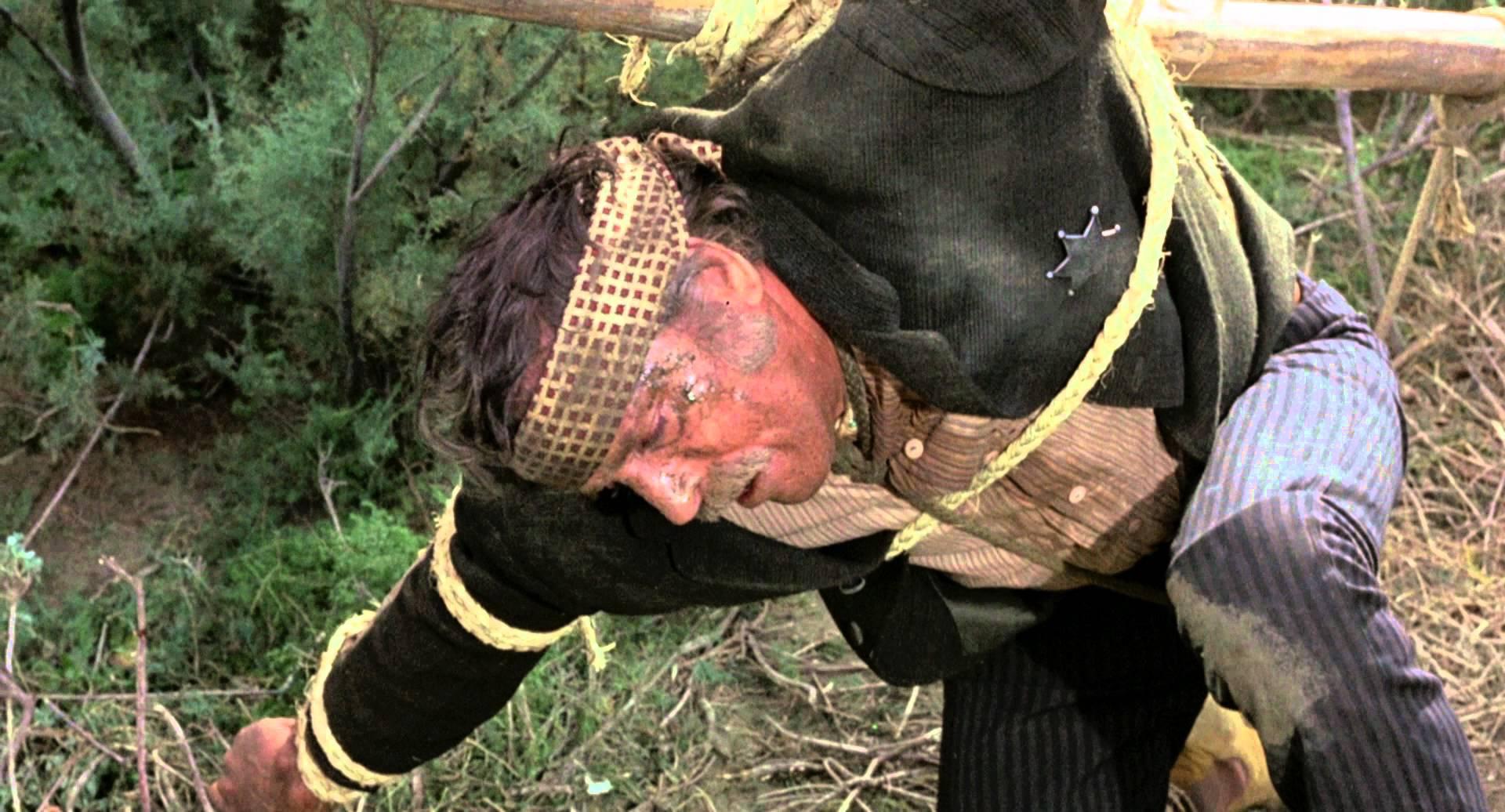Burt Lancaster cruficié dans Valdez