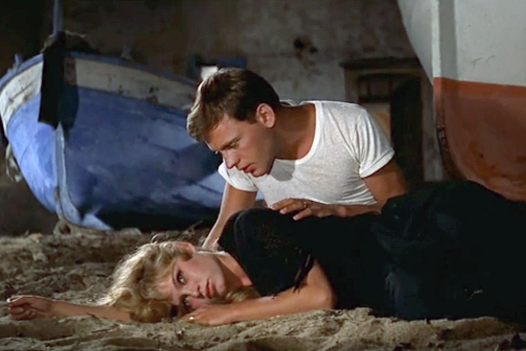 Michel (Jean-Louis Trintignant) liebt Juliette (Brigitte Bardot) abgöttisch. © TF1 Films