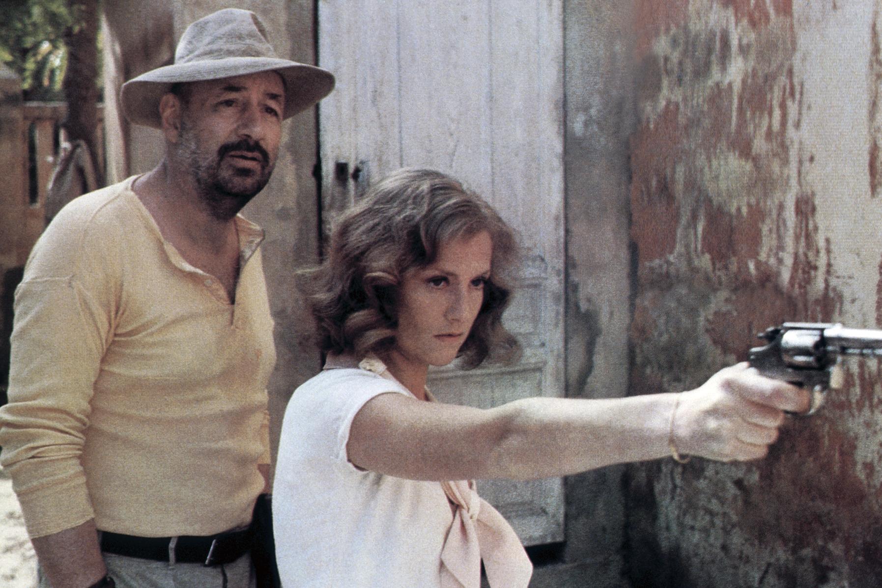 Philippe Noiret et Isabelle Hupper dans Coup de torchon de Bertrand Tavernier