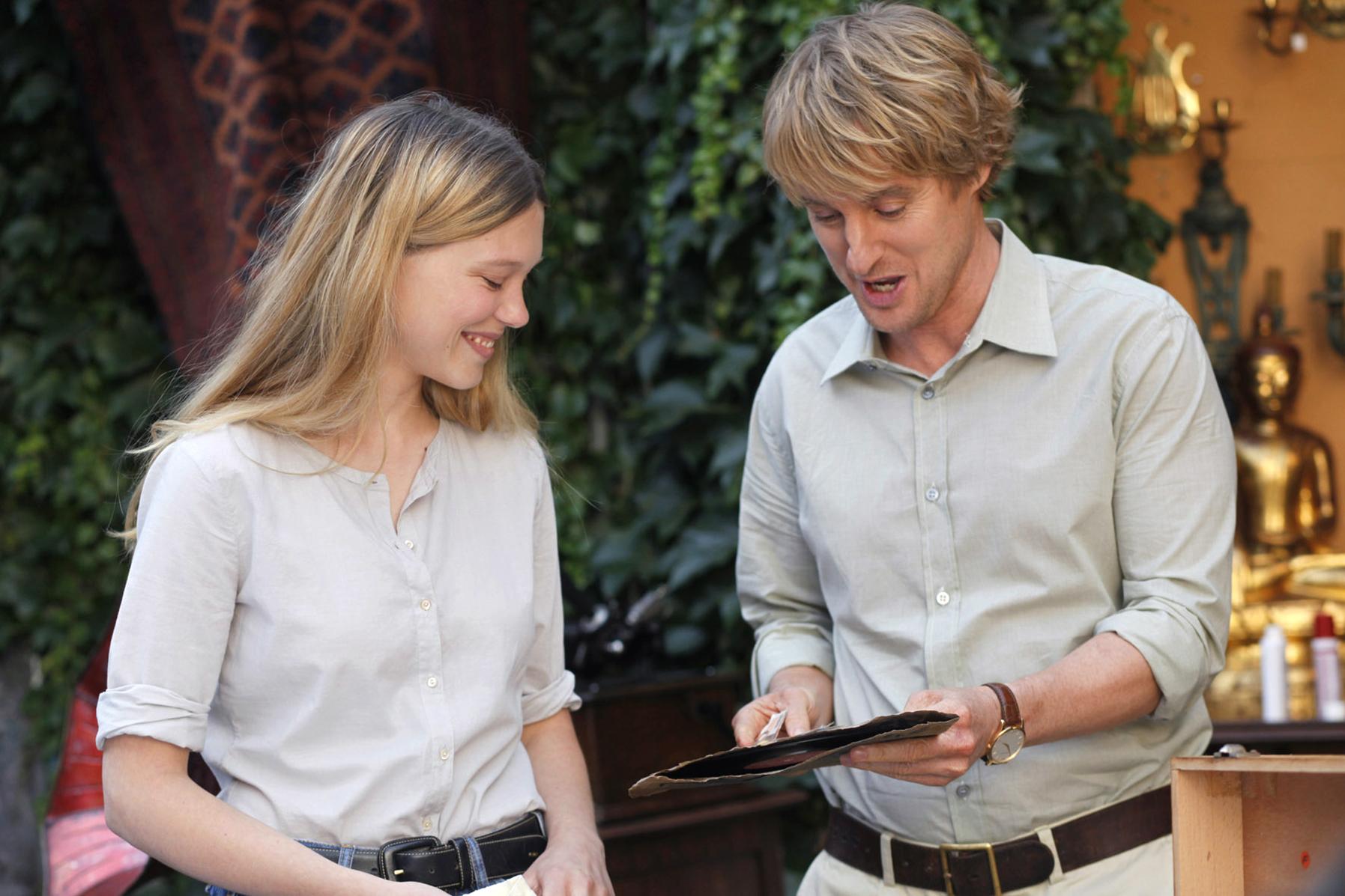 Léa Seydoux et Owen Wilson dans Minuit à Paris de Woody Allen