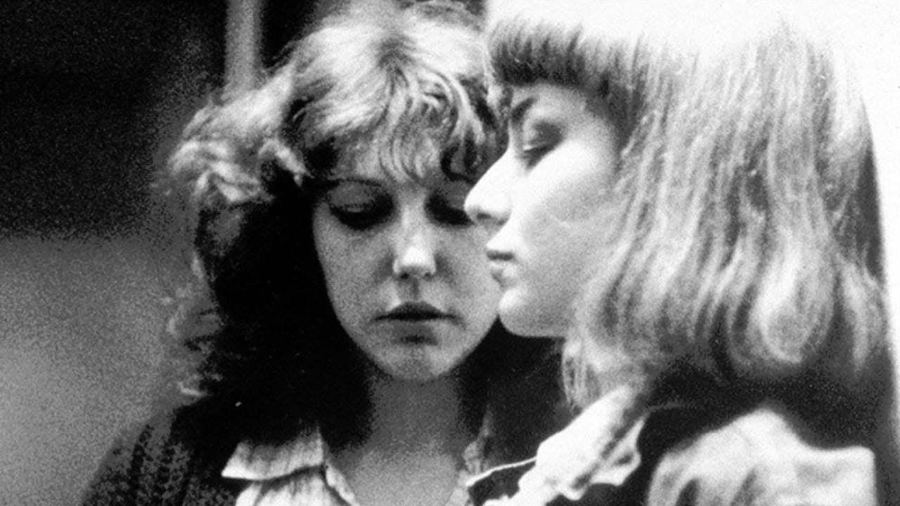 Anne Wiazemski et Elli Meideros dans L'Enfant secret de Philippe Garrel