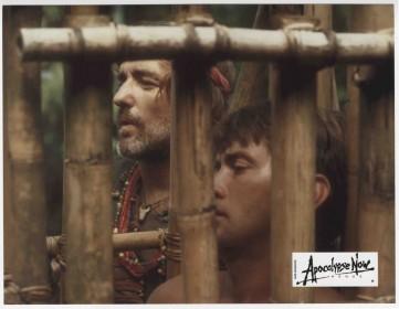 Dennis Hopper et Martin Sheen dans Apocalypse Now Redux (2001)