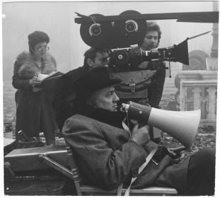 Federico Fellini sur le tournage d'Amarcord.