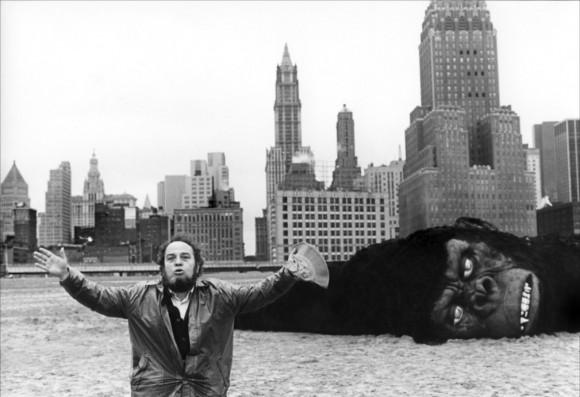 Marco Ferreri sur le tournage de Rêve de singe (1978)