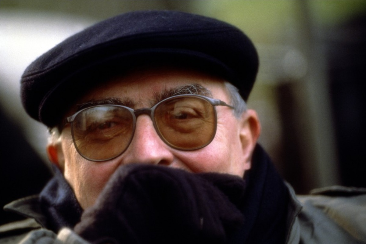 Claude Chabrol sur le tournage de La Cérémonie