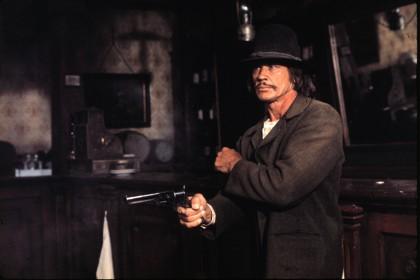 Charles Bronson dans Les Collines de la terreur