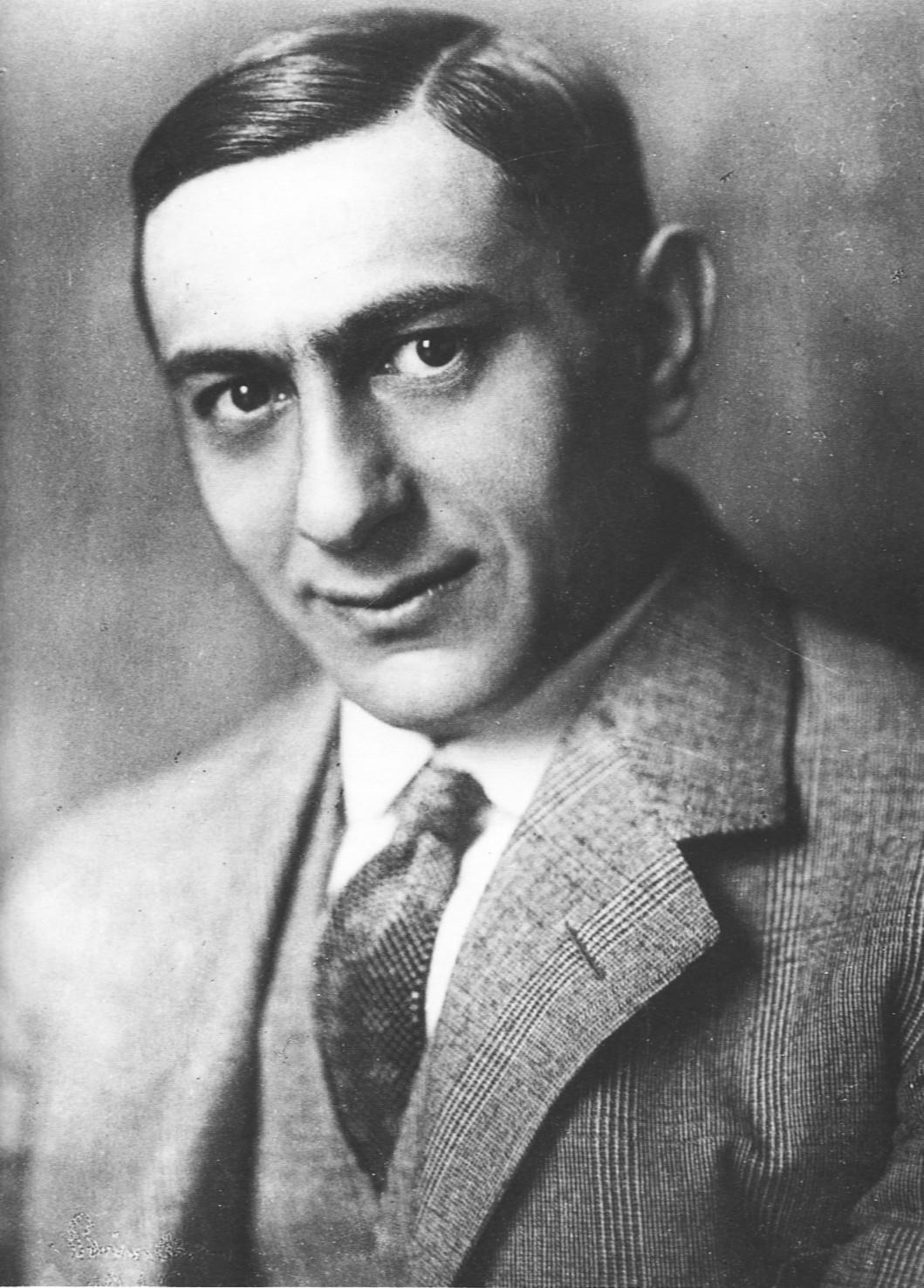 Ernst Lubitsch en 1920 (photo d'Alexander Binder)