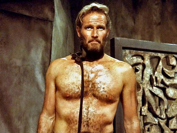 Charlton Heston dans La Planète des singes