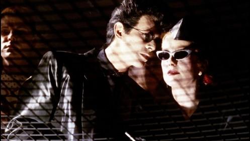David Bowie et Catherine Deneuve dans Les Prédateurs