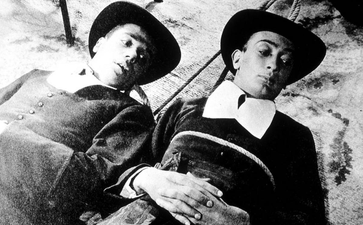 Salvador Dali (à droite) dans Un chien andalou