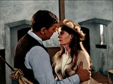 Robert Mitchum et Sarah Miles dans La Fille de Ryan