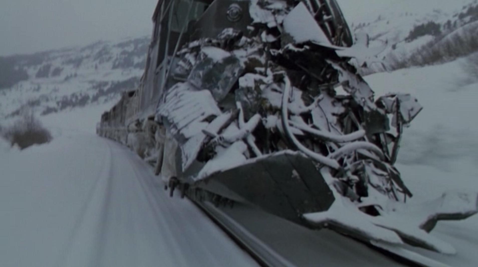 le train fou, monstre d'acier incontrôlable et surpuissant