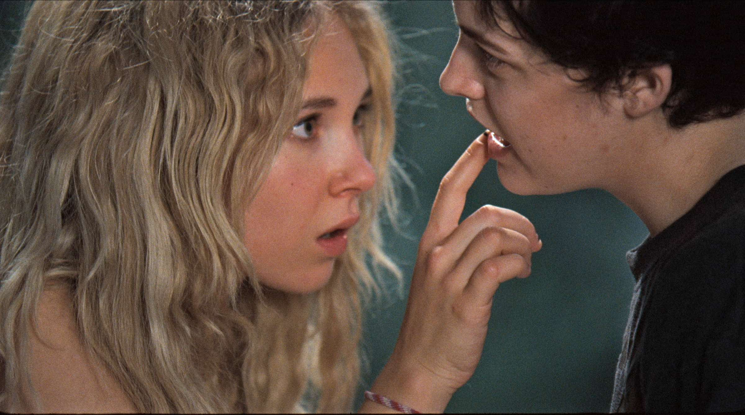 Juno Temple et Riley Keough