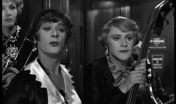 Tony Curtis et Jack Lemmon dand Certains l'aiment chaud de Billy Wilder