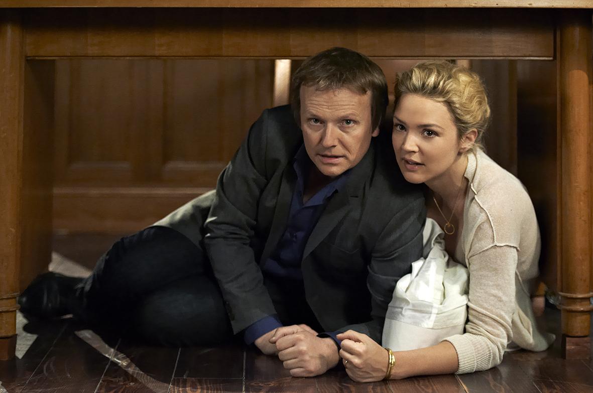 Laurent Stocker et Virginie Efira dans Caprice