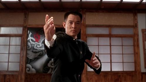 Jet Li dans Fist of Legend - La Nouvelle Fureur de vaincre de Gordon Chan