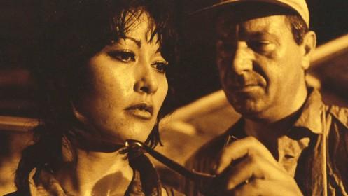Me Me Lai et Michael Elphick dans Element of Crime