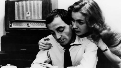 Charles Aznavour et Marie Dubois dans Tirez sur le pianiste