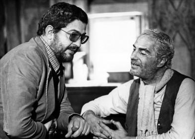 Ettore Scola et Nino Manfredi sur le tournage de Affreux, sales et méchants