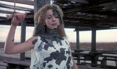 Catherine Deneuve dans Belle de jour de Luis Bunuel