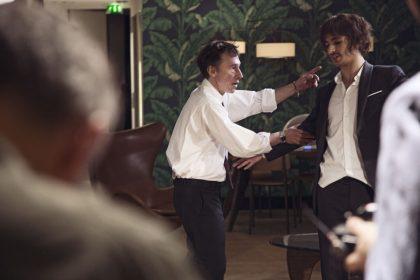 Bertrand Bonello et Hamza Meziani sur le tournage de sur le tournage de Nocturama, août 2015 © Xavier Lambours