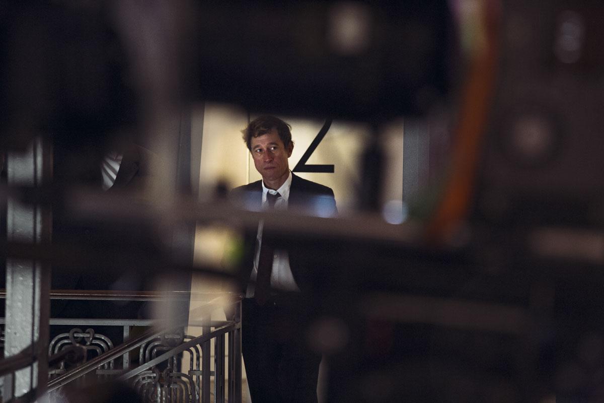 Bertrand Bonello sur le tournage de son film Nocturama, août 2015 © Xavier Lambours