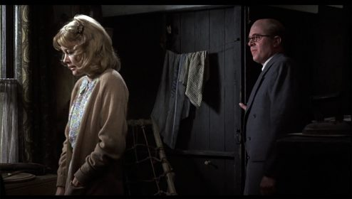 Judy Geeson et Richard Attenborough dans L'Etrangleur de Rillington Place de Richard Fleischer
