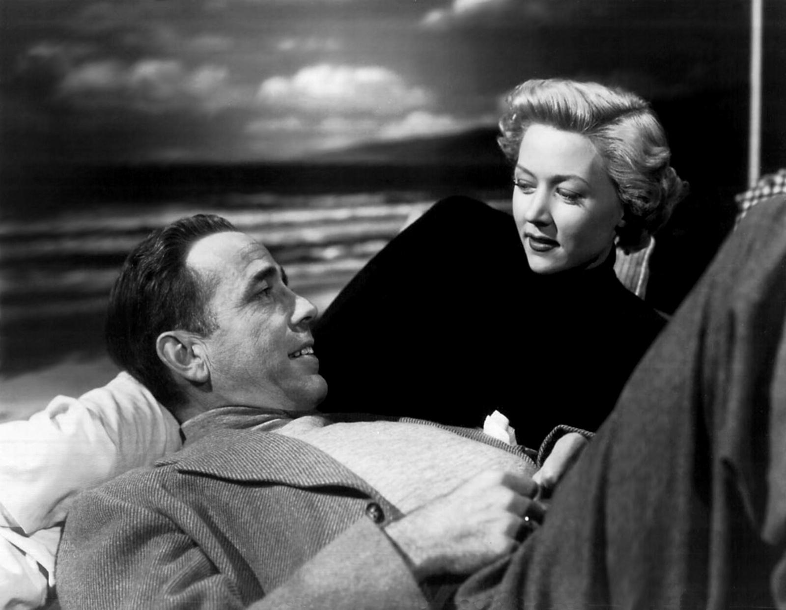 Humphrey Bogart et Gloria Grahame dans Le Violent de Nicholas Ray