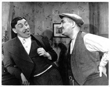 Fernandel et Charpin dans Le Schpountz (film)029