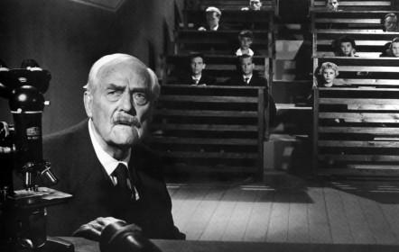 Victor Sjöström dans Les Fraises sauvages de Ingmar Bergman