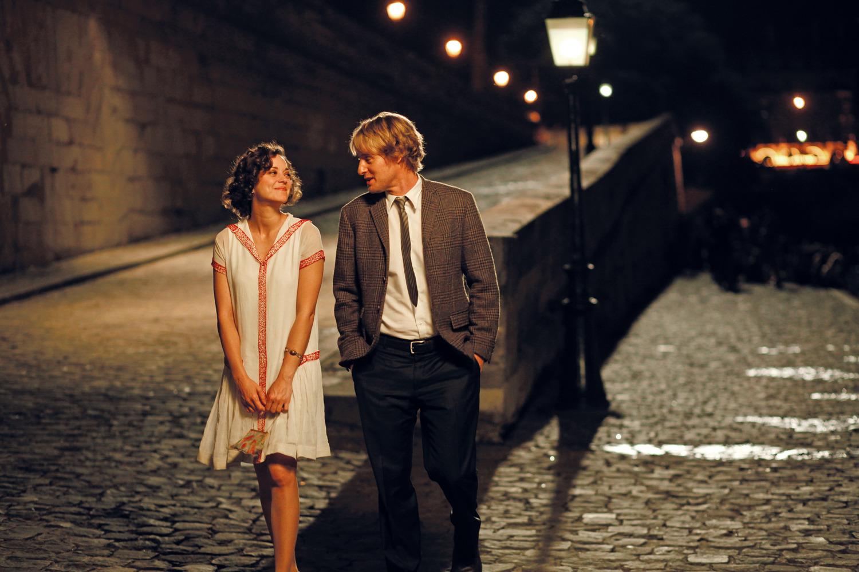 Marion Cotillard et Owen Wilson dans Minuit à Paris de Woody Allen