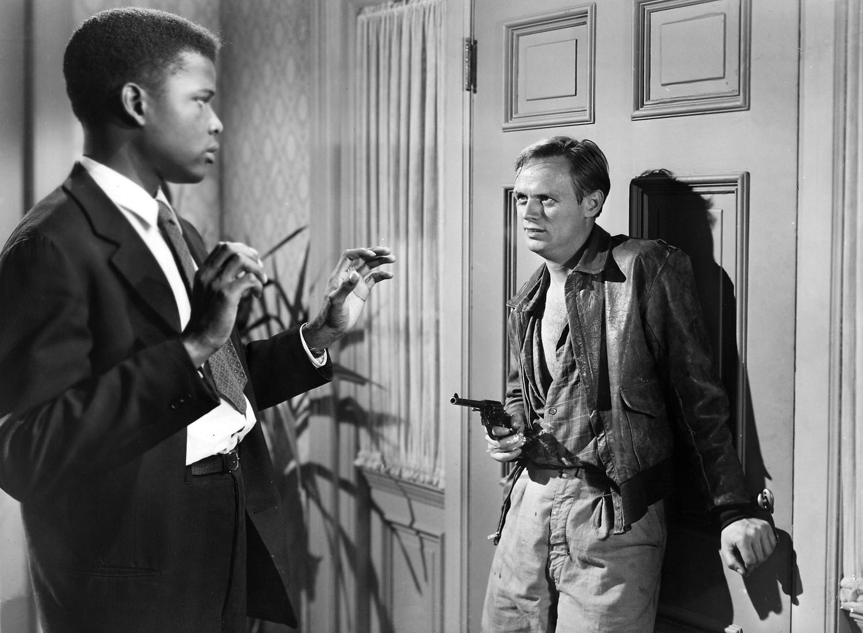 Sidney Poitier et Richard Widmark dans La port d'ouvre de Joseph L. Mankiewicz