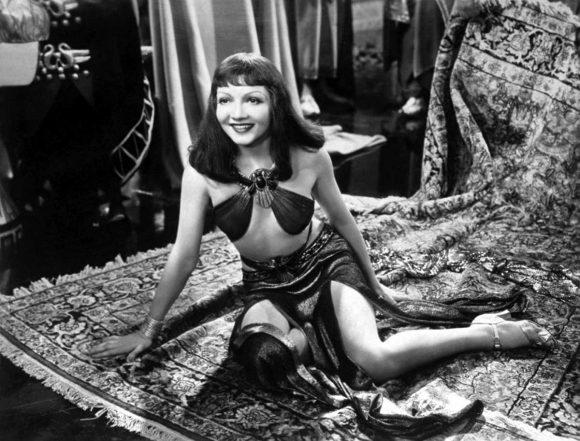 Claudette Colbert dans Cléopâtre de Cecil B. DeMille