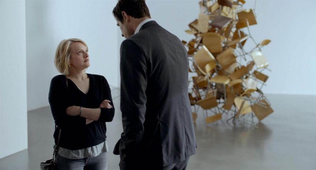 Elisabeth Moss et Claes dans The Square