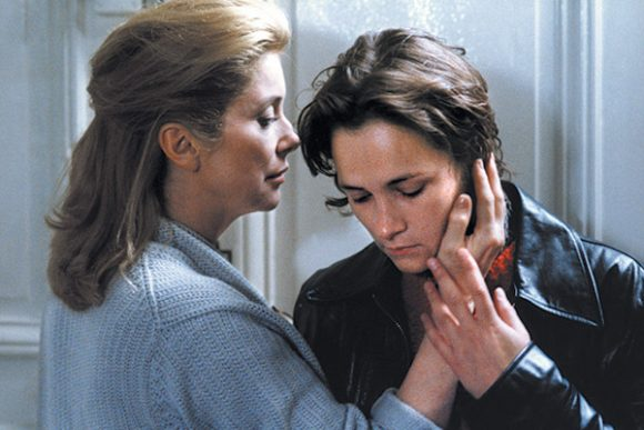 Catherine Deneuve et Laurence Côte dans Les Voleurs d'André Téchiné